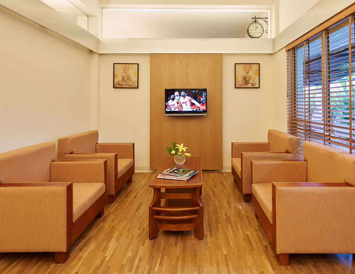 Comfortable waiting and consultation rooms